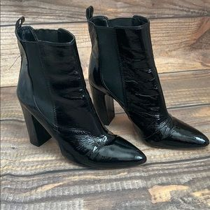 VINCE CAMUTO | black leather ankle booties